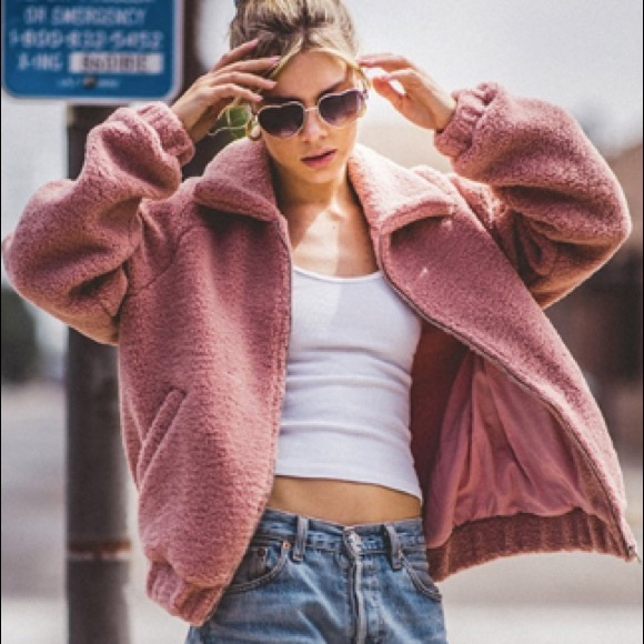 Fantastic Fawn Jackets & Blazers - Cozy Sherpa bomber